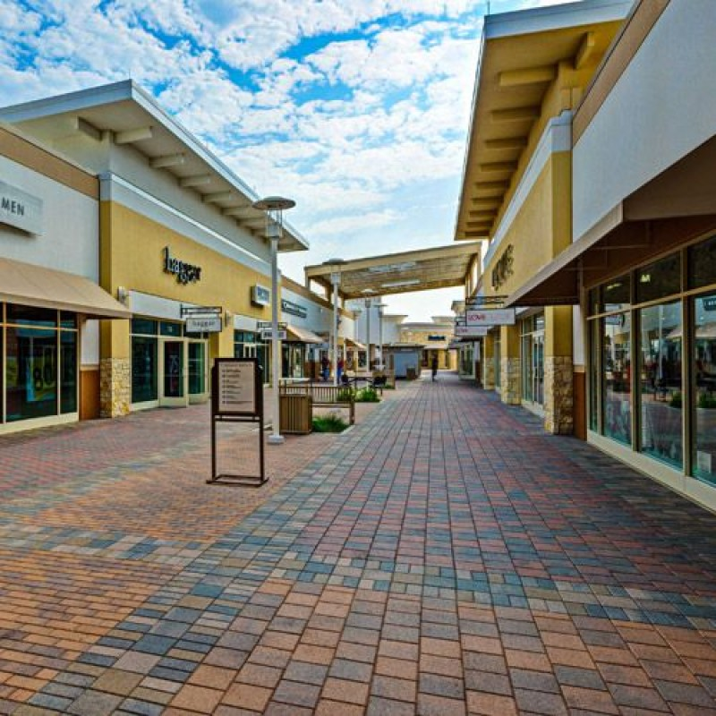 Paragon Outlets of Grand Prairie